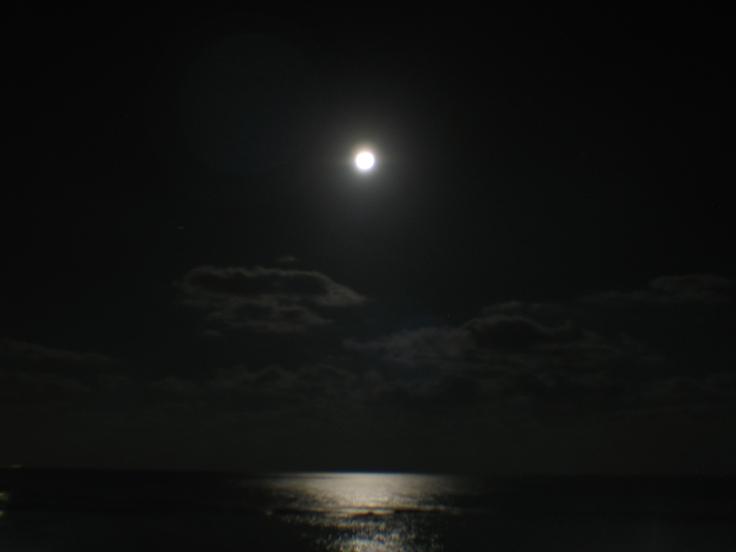 moon_swing_01