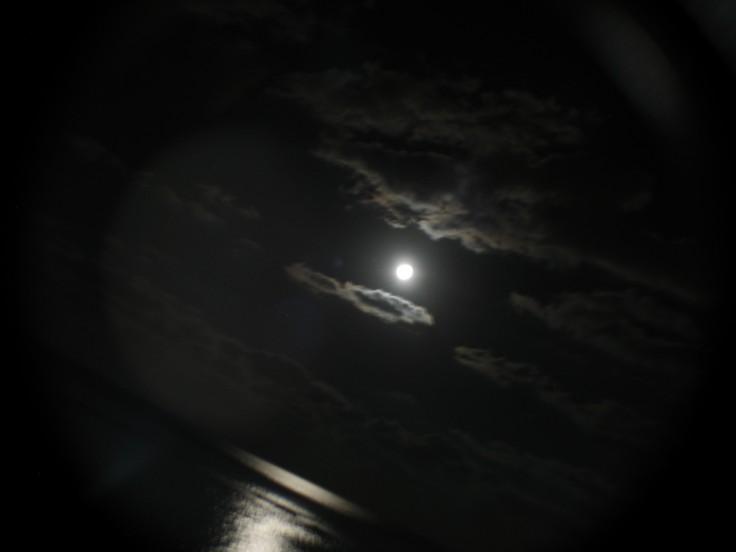 moon_swing_08