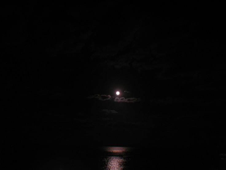 moon_swing_18